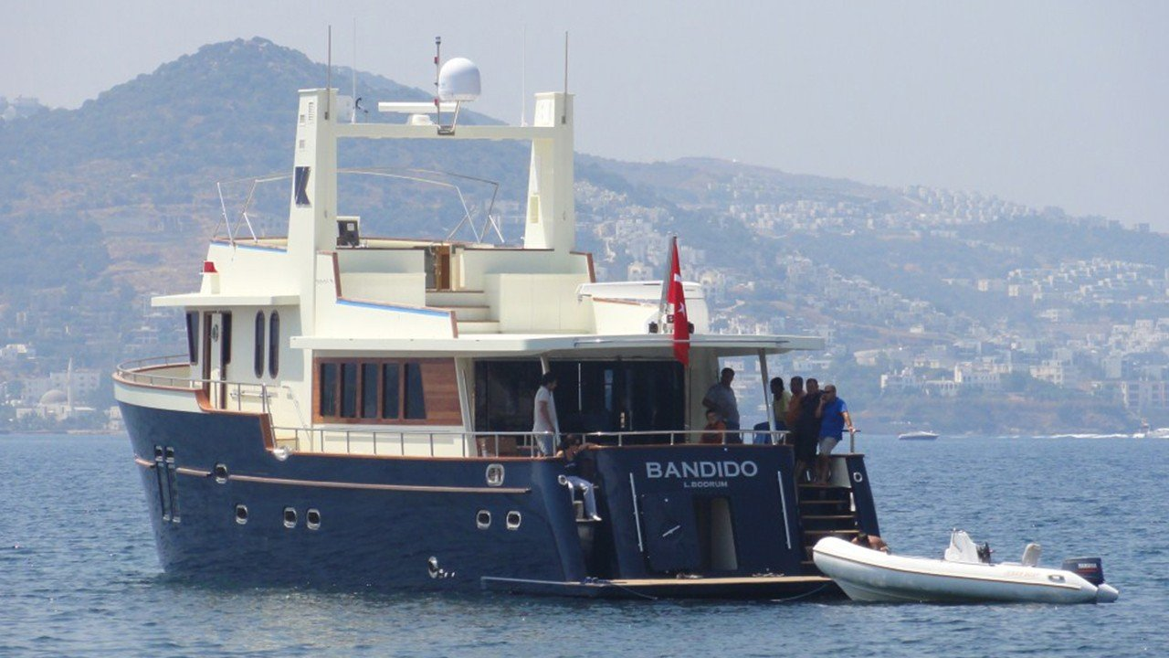Yacht à moteur Bandido