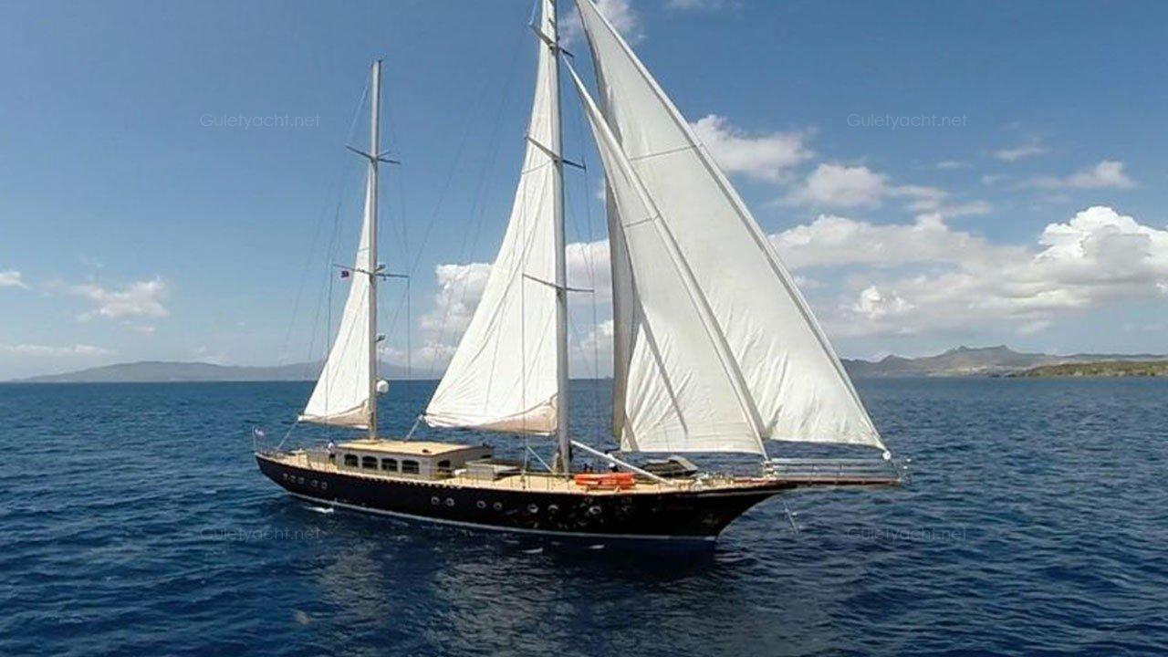 LEE-4 Yacht à voile
