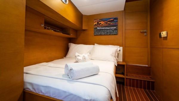 Yacht à voile A.Eser