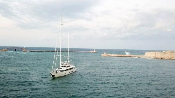 Yacht à voile Aresteas