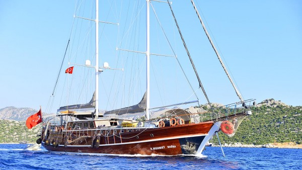 Kaptan Mehmet Bugra Goélette