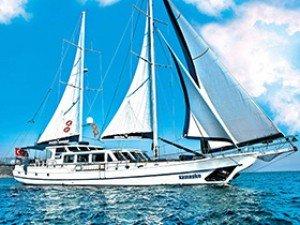 Maske 1 Goélette Yacht