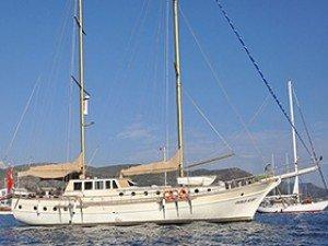 Osman Kurt Goélette Yacht