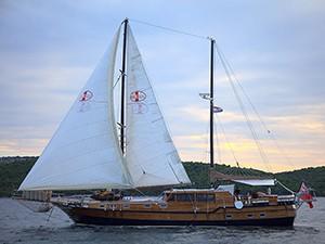 Pacha Goélette Yacht