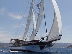 Sultan A Goélette Yacht