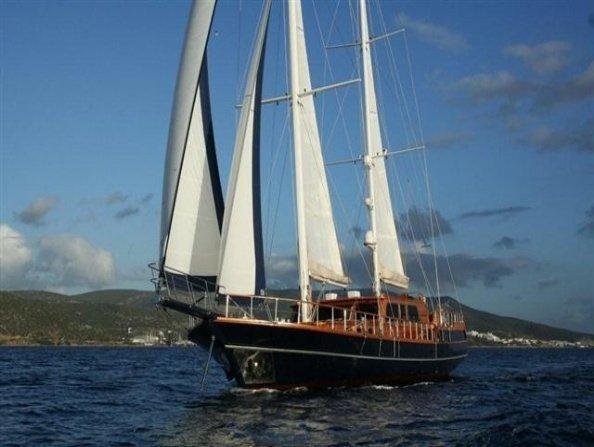 Dea Del Mare Goélette Yacht