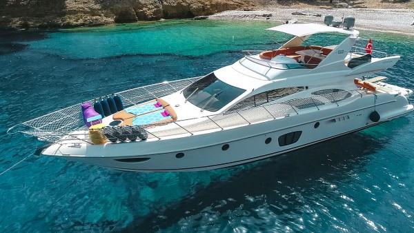 Yacht à moteur Azimut 62 Fly VIP