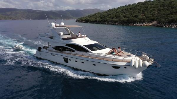 Bormus 1 Yacht à moteur