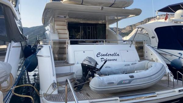 Yacht à moteur Bormus 2