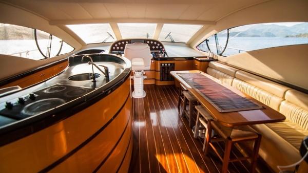 Yacht à moteur Durcan Bey