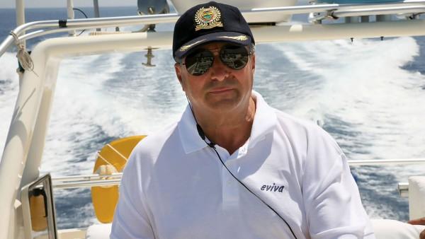 Yacht à moteur Eviva